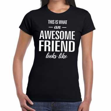 Awesome friend cadeau zwart dames t-shirt kopen