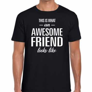Awesome friend cadeau zwart heren t-shirt kopen