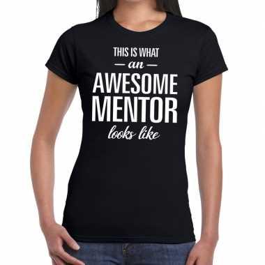 Awesome mentor cadeau zwart dames t-shirt kopen