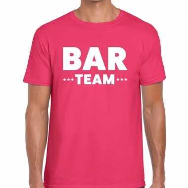 Bar team / personeel tekst roze heren t-shirt kopen