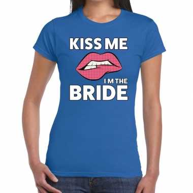 Kiss me i am the bride blauw dames t-shirt kopen