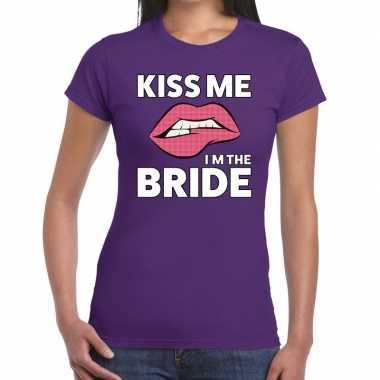 Kiss me i am the bride paars dames t-shirt kopen