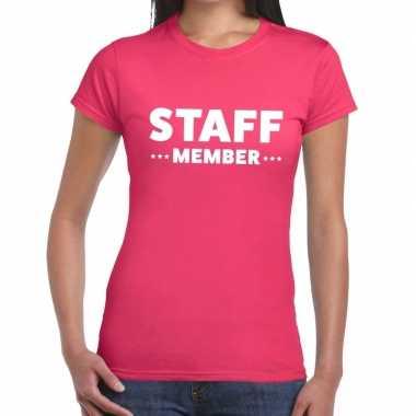 Staff member / personeel tekst roze dames t-shirt kopen