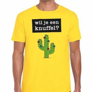 Wil je een knuffel tekst geel heren t-shirt kopen
