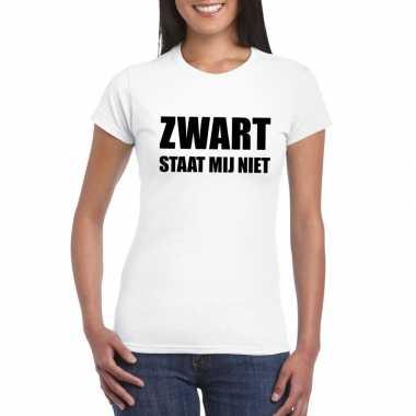 Zwart staat mij niet tekst wit dames t-shirt kopen